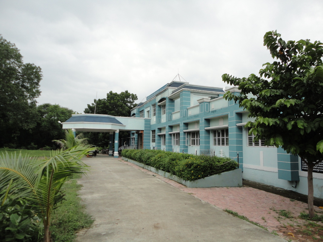 Ashtang_Ayurved_College.jpg