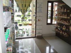 Haarita_Ayurvedic_Hospital_Facilities_Pharmacy.jpg