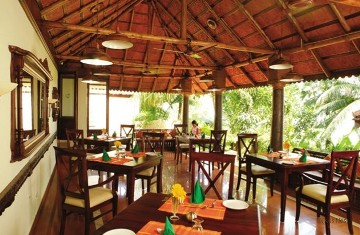 Nikkis_Nest_Restaurant1.jpg