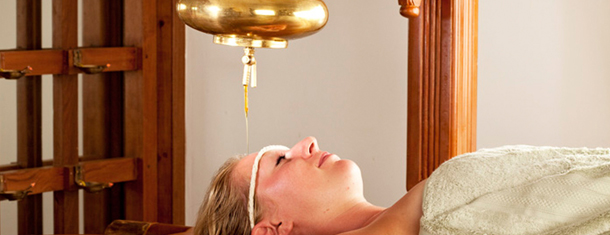 Shanthi_Ayurveda_Ashram_Treatments_Shirodhara.jpg