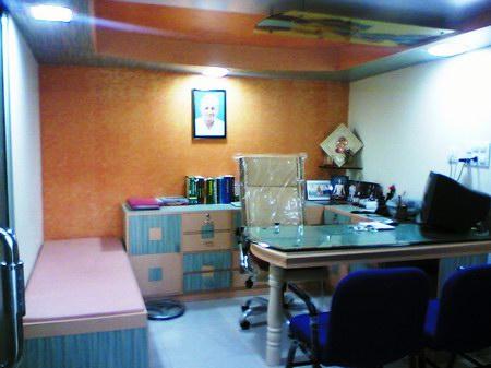 Shree_Madhav_Smaranam_Ayurveda_Clinic_Office.jpg