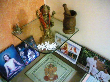 Shree_Madhav_Smaranam_Ayurveda_Office2.jpg