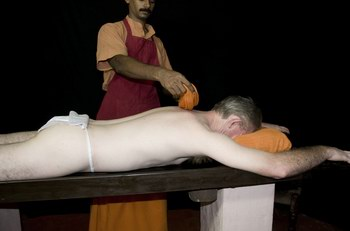 kalariyil_dharmikam_ashram_treatments_cheriya_avi.jpg